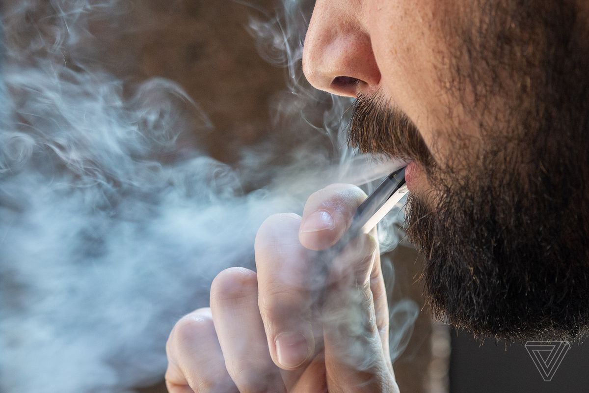Are e-cigarettes a safe option for smokers in Toronto and Greater Toronto Area
